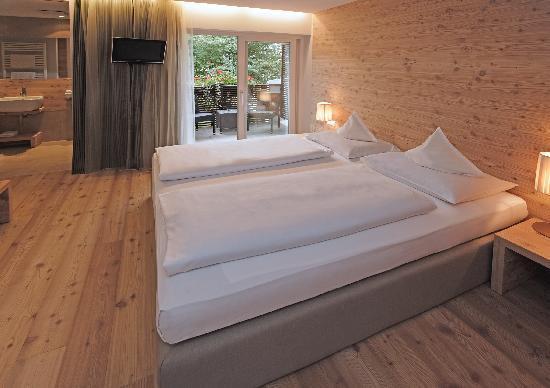 Zimmer-Camere Hotel Heini