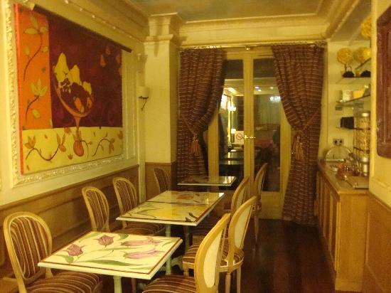 Hotel Gavarni: breakfast area