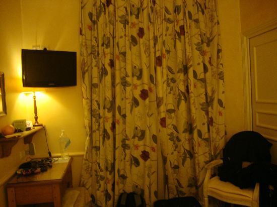 Hotel Gavarni : room
