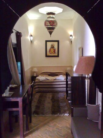Riad Ajmal: Traditionally Decorated Room