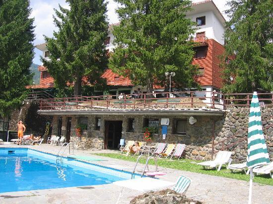 Santo Stefano d'Aveto, Italie : dalla piscina