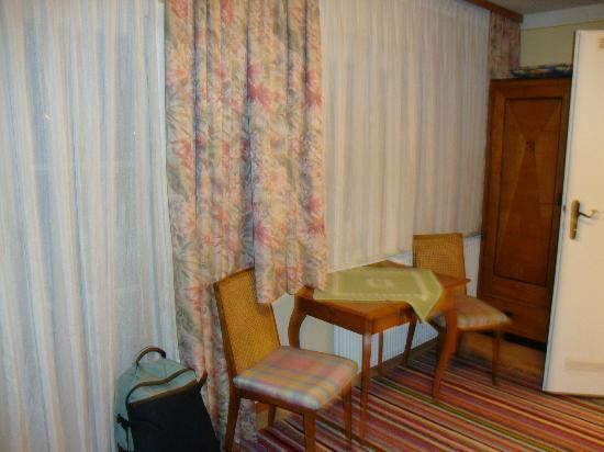 Haus Reichl Reiterweg B&B: our room