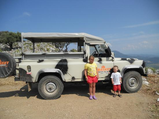 Basket Travel Agency: I know its not a jeep but land Rover safari doesn't sound right !!!