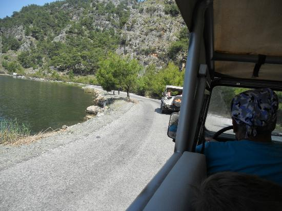 Basket Travel Agency: On the road