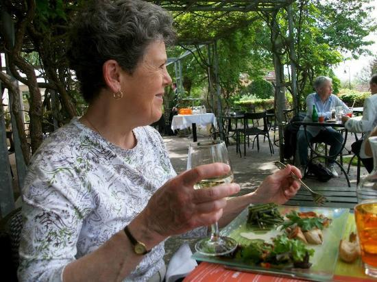 Terra Cafe: 'Cheers!' Vive Giverny!