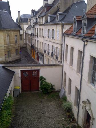 Luxury Flat in Dijon : Chambre de la Baronne