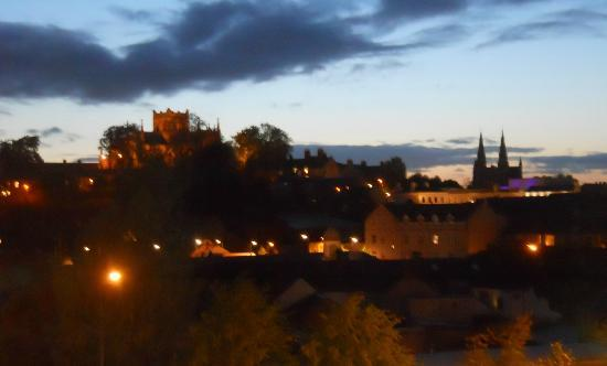 Armagh, UK: Evening View of City skyline