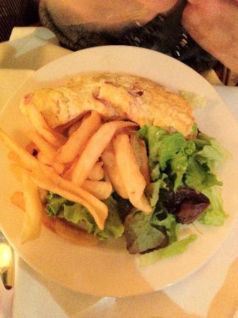 Mucha Cafe-Restaurant: Omelette Complete