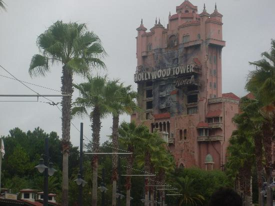 Disney's Hollywood Studios: Hollywood Tower of Terror :-/