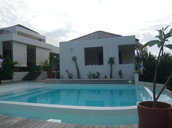Le Cap Malo: La piscine