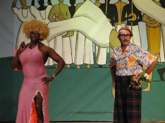 Vera Cruz, BA: Show en el Teatro (Hendel y Paulo)