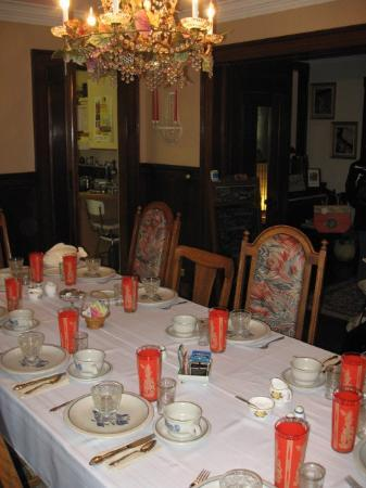 Cozy Koi Bed and Breakfast: Main House Breakfast Table