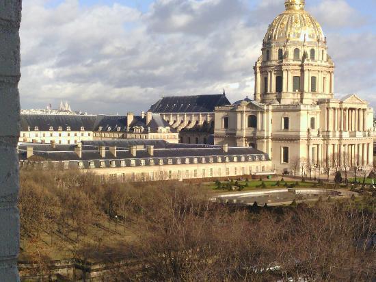 Hotel de France Invalides : Vue depuis une chambre