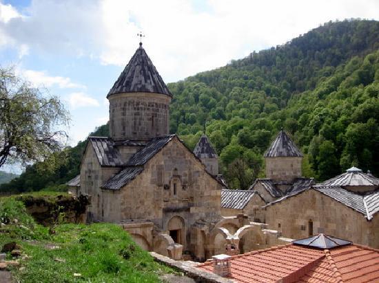 Dilijan, أرمينيا: monastero
