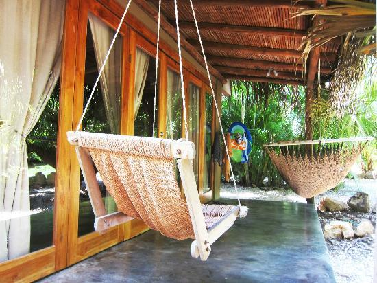 Griss Lodge and Villas: the best swing to enjoy a cool drink in after a hot day