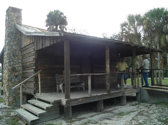 Old Pioneer Homes Picture Of Pioneer Park Zolfo Springs