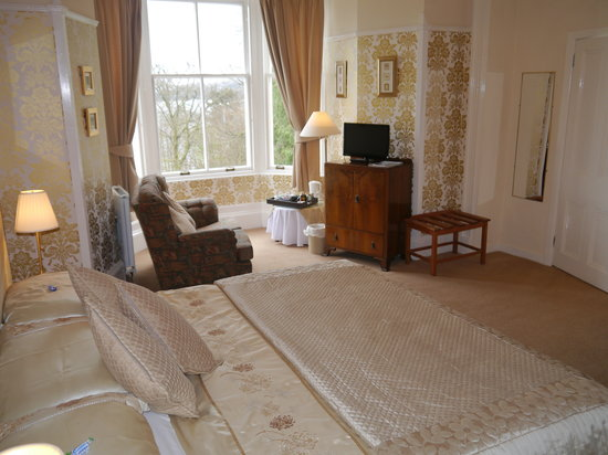 Abbot's Brae Hotel: Sea-Facing King Sized-Glendaruel Room