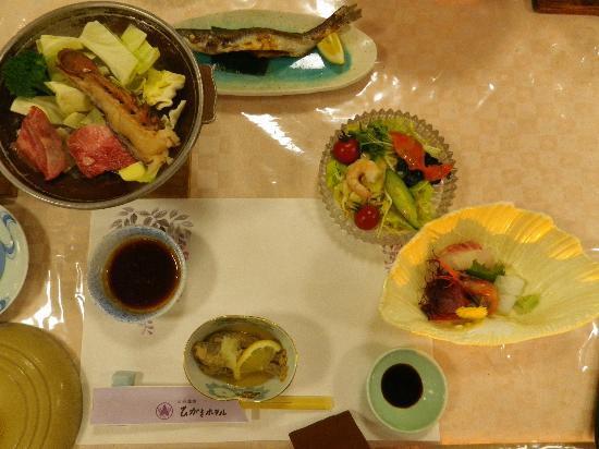 Higaki Hotel: 夕食の一部