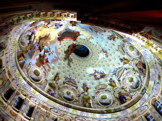 Vicoforte, Italia: interno della cupola