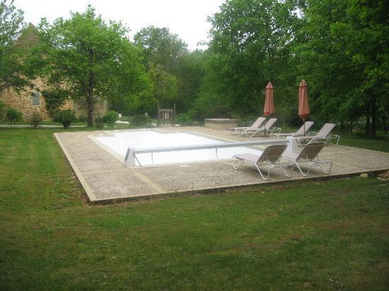 La Roche d'Esteil B&B: piscine