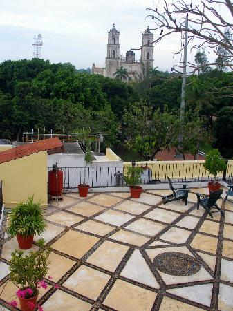 El Meson del Marques: Rooftop deck view of the Church of San Servacio on the Zocolo