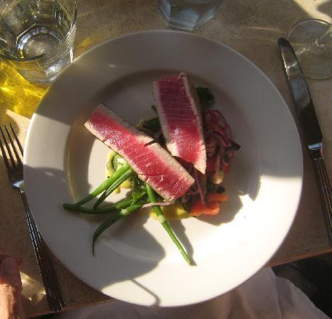 Black Sheep Bistro : Tuna
