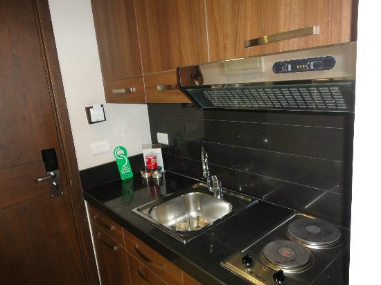 City Suite Hotel: Fully equiped kitchen, I dont remember we needed something