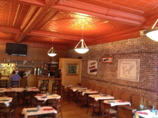 Tamara's Cafe Floridita: Beautiful decor