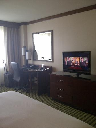Hilton Minneapolis/Bloomington: King room