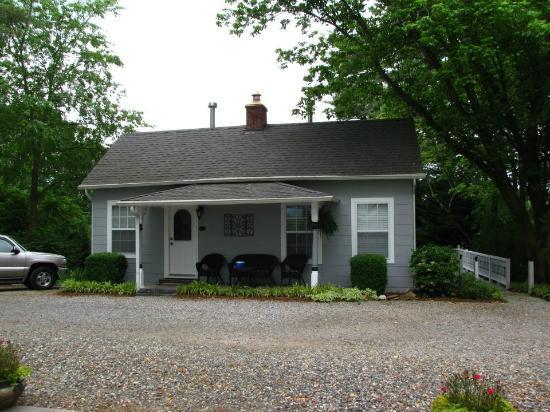carolina cottage picture of biltmore village inn asheville rh tripadvisor com