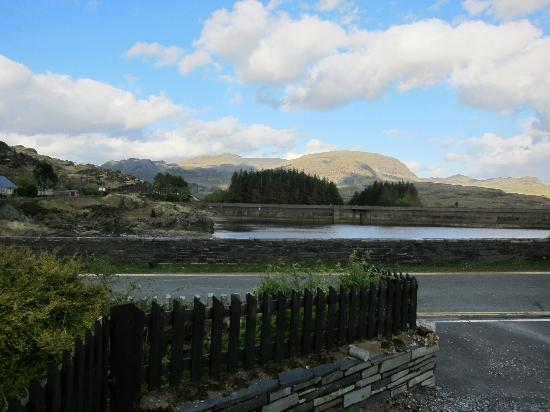Bryn Elltyd eco Guest House: View from front of house