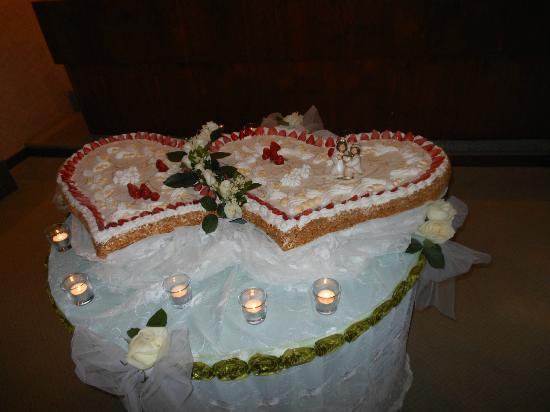 La torta nuziale - Foto di Ristorante Olimpo, Sestri Levante ...