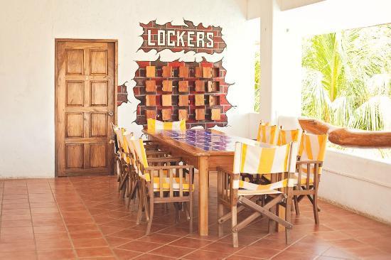 Yajure Surf Hostel: the small lockers