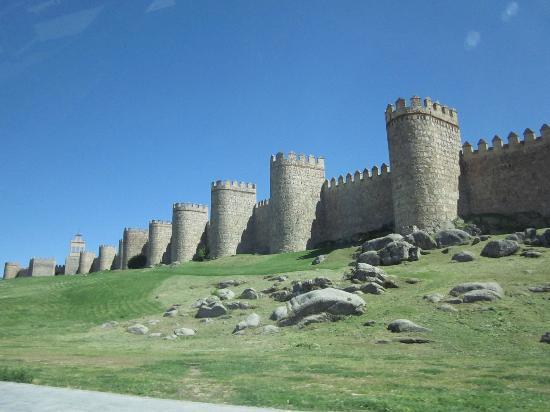 Don Diego Hostal: Avila City Walls