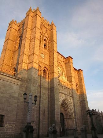 Don Diego Hostal: Cathedral in Avila