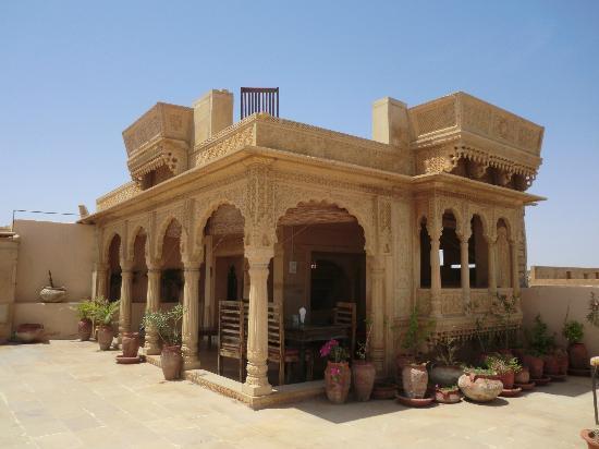 Hotel Garh Jaisal Haveli: The roof terrace
