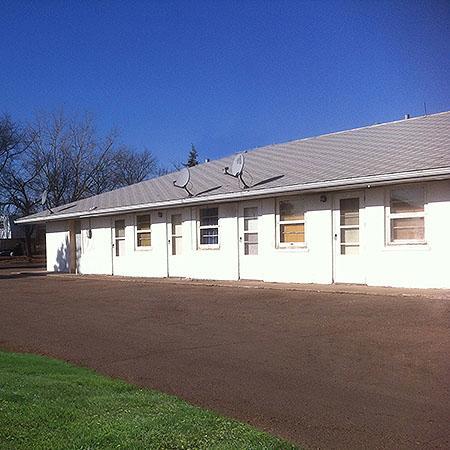 Grand View Motel Williston : getlstd_property_photo