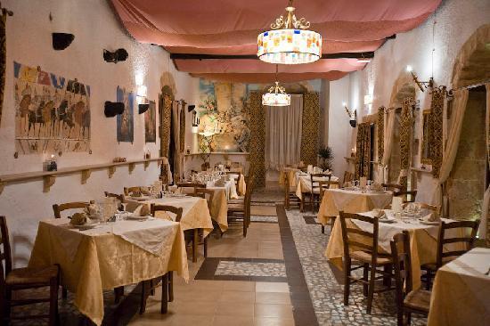 Dama Saracena: La sala al primo piano