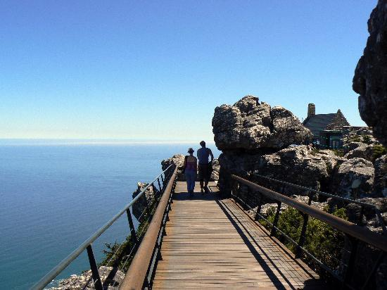 Table Mountain Walks: Table Mountain summit walkway