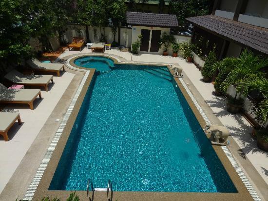 ชาญ รีสอร์ท: Swimmingpool