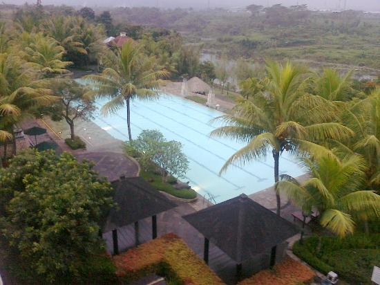 Mason Pine Hotel: The pool