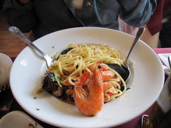 Mamma Rosa Italian Ristorante : Seafood Pasta