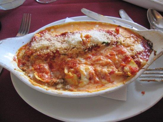 Mamma Rosa Italian Ristorante : Lasagna