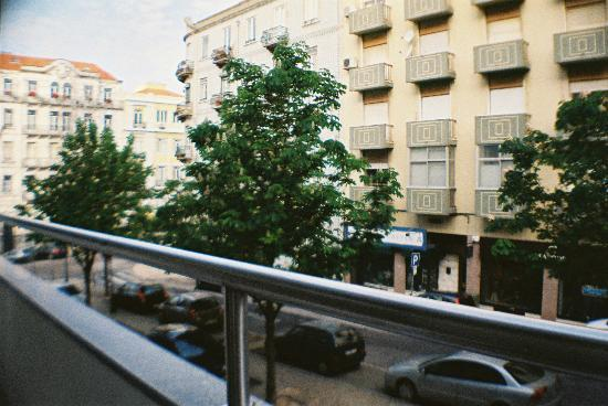 Hans Brinker Hostel Lisbon: view from chill out room