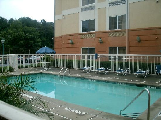 Extended Stay America - Atlanta - Buckhead: Outdoor pool
