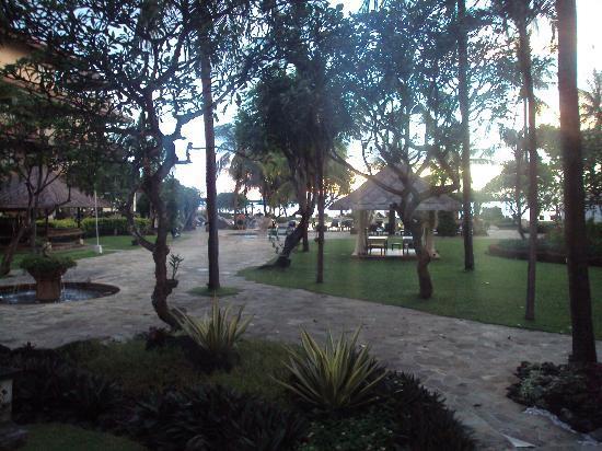 Grand Aston Bali Beach Resort: Hotel