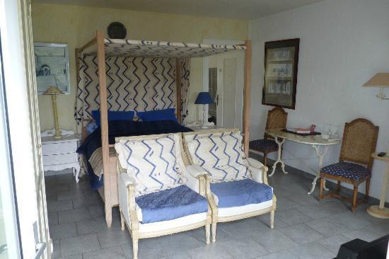 Moulin d'Hauterive : Bedroom Suite 4