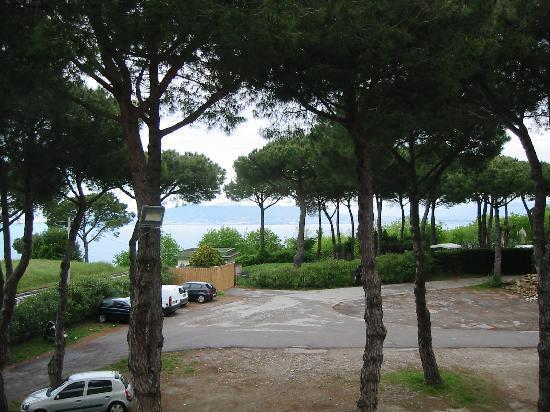 Hotel O Sole Mio: Traumblick auf Parkplatz