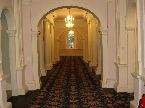 Nanteos Mansion: Upstairs corridor