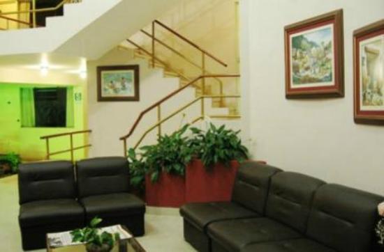 El Brujo Hotel: Escaleras